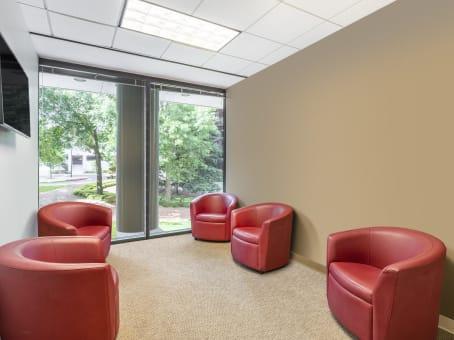 Regus Business Lounge in Sterling Pointe (Office Suites Plus) - view 5