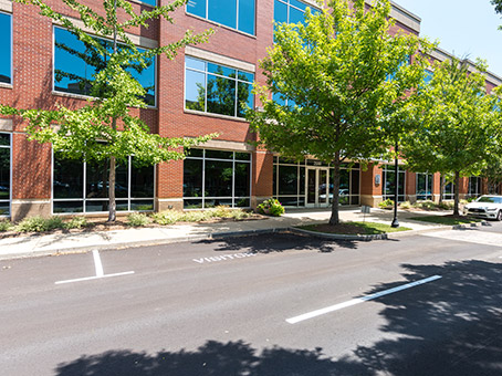Building at 2550 Meridian Blvd, Suite 200 in Franklin 1