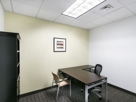 Regus Virtual Office in Sun Trust Center Downtown