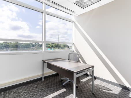 Regus Meeting Room, Minnesota, Minneapolis - Roseville - Bonestroo