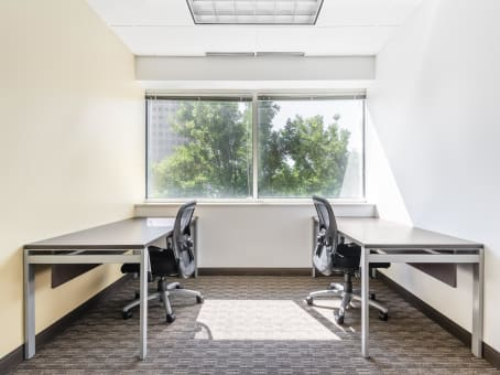 Regus Meeting Room in Tuscany Plaza
