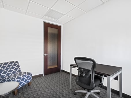 Regus Office Space in Camelback Square