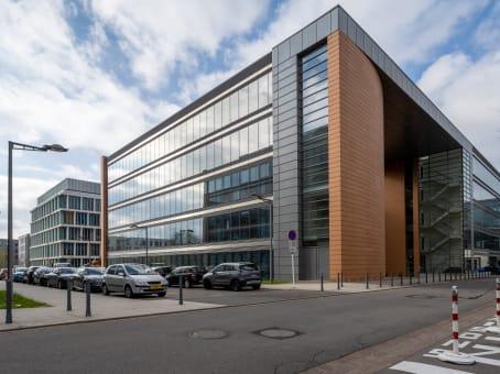 Kantoorruimte huren luxembourg kirchberg city centre eolis square regus nederland for Kantoorruimte