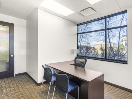 Regus Business Centre in Lake Elmo - view 4