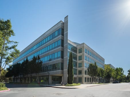 Regus Business Lounge, California, Pleasanton - Corporate Commons