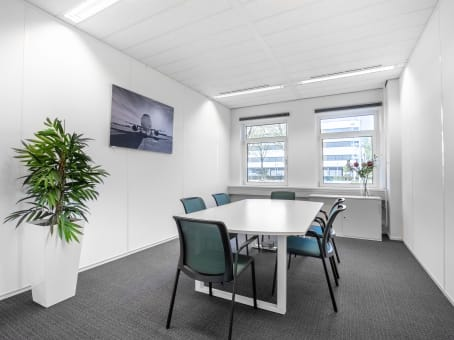 Regus Business Centre, Schiphol Airport Tetra