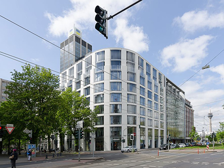 Building at 1st Floor, Konigsallee 61 in Dusseldorf 1
