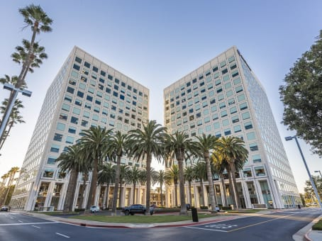 Regus Virtual Office, California, Newport Beach - John Wayne Airport