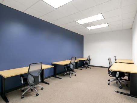 Regus Office Space in San Felipe Plaza
