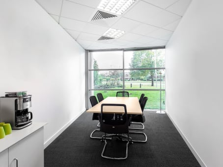 Regus Meeting Room in Chester Business Park