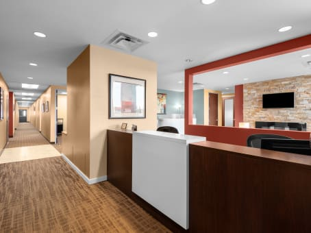 Regus Business Lounge in High Pointe on Parker