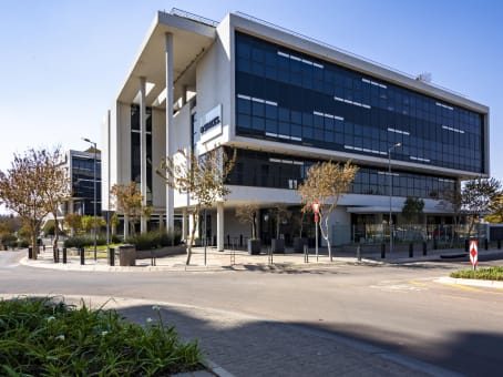 Building at Pegasus Building, 210 Amarand avenue, Waterkloof Glen ext 2 in Pretoria 1