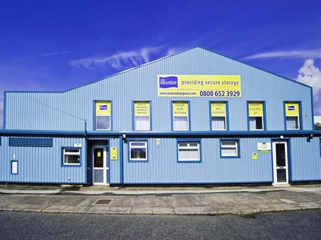 Blackpool, Sycamore Trading Estate - Workshops (Evans Easyspace)
