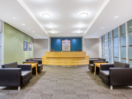 Regus Business Lounge in Esquire Plaza