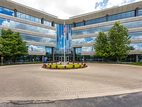 Regus Business Centre in Oak Brook Pointe