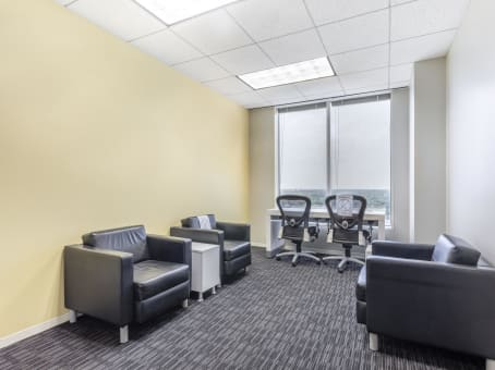 Coworking space day offices in one lincoln centre for 1 lincoln center oakbrook terrace il
