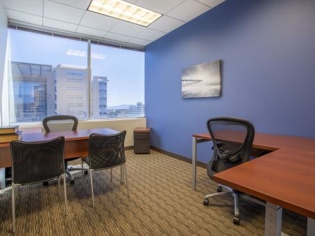 Office Space In City Central Place Regus Us