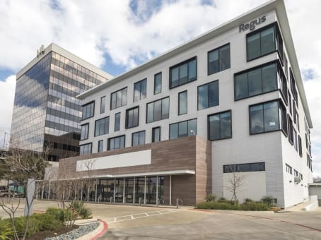 Building at 1751 River Run, Suite 200 in Fort Worth 1