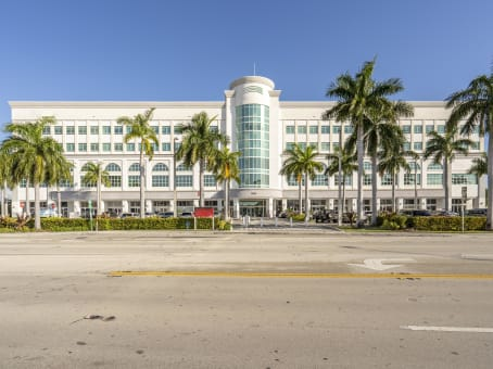 Florida, North Miami - Causeway Square