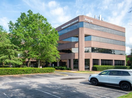 Building at 780 Lynnhaven Parkway, Suite 400 in Virginia Beach 1