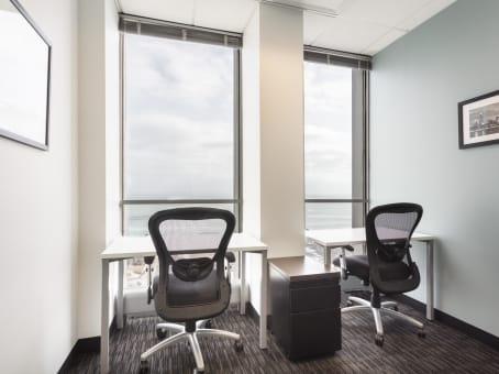 Office Space In 55 E Monroe Regus Us