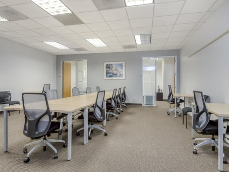Regus Meeting Room, Virginia, Northern Virginia - Dulles Corner
