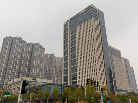 Building at 18/F, Building D, Kineer IFC, No.88 East Jinshui Road, Zhengdong New District in Zhengzhou 1