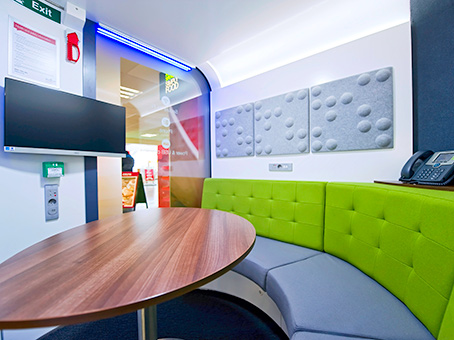 Thurrock Services, Regus Express Meetingpod
