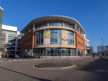 rent business centres in bristol temple quay regus uk. Black Bedroom Furniture Sets. Home Design Ideas