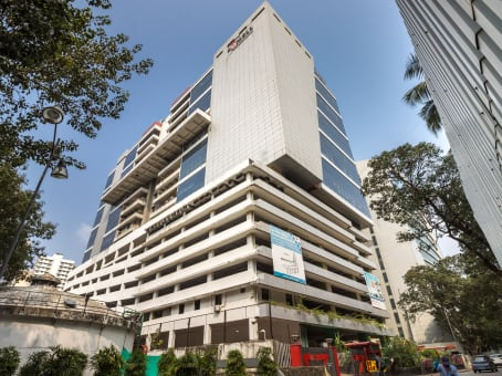 Building at R Tech Park, 13th Floor, Western Express Highway, Goregaon (East) in Mumbai 1