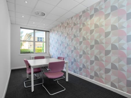 Regus Business Lounge in Nottingham East Midlands Airport