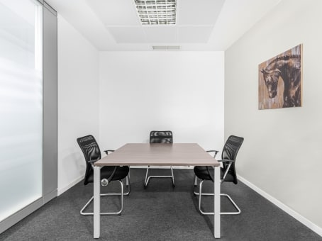 Alquiler de oficinas en sevilla nervion regus espa a for Oficinas sevilla