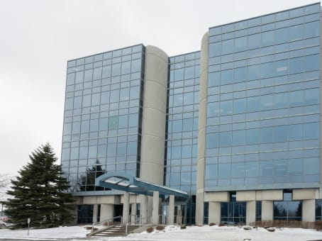 Building at 1111 Dr.-Frederik-Philips Boulevard, Suite 600 in Saint Laurent 1