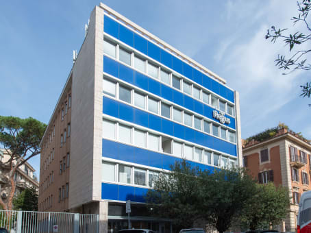 Building at Via Vincenzo Bellini 22 in Rome 1