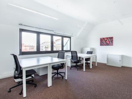 Uffici arredati in affitto a roma barberini regus italia for Uffici in affitto roma privati