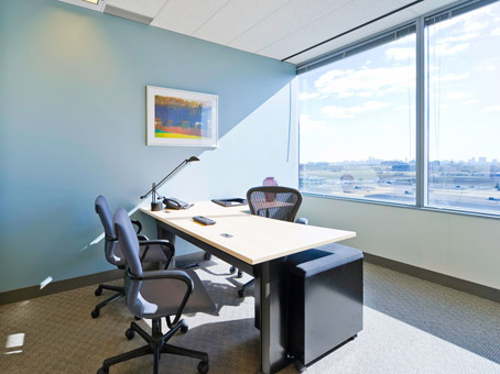 Regus Day Office in Toronto Airport Corporate Centre
