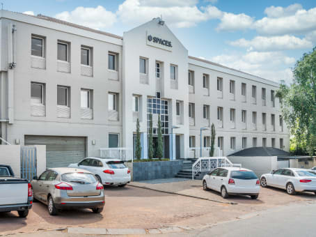 Building at 377 Rivonia Boulevard, Rivonia in Johannesburg 1