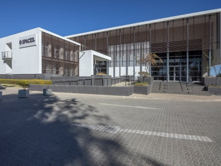 Building at Willow Wood Office Park, Cnr 3rd Ave & Cedar Road, Broadacres in Johannesburg 1