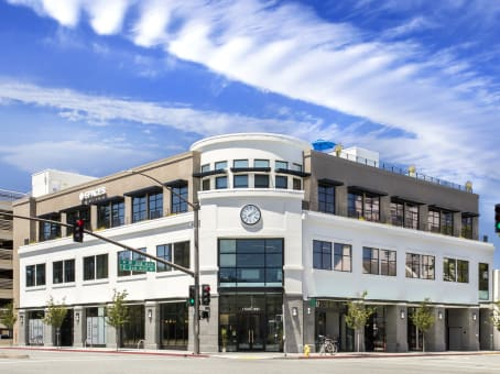 Building at 3 East Third Ave, Suite 200 in San Mateo 1