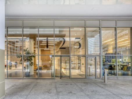 Building at 125 South Wacker Dr, Suite 300 in Chicago 1