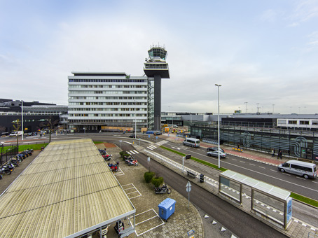 Building at Havenmeesterweg 27, Schiphol Airport in Schiphol 1