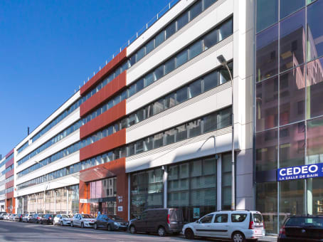 Building at 23 rue crepet in Lyon 1