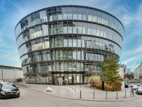 Building at Dingolfinger Strasse 15 in Munich 1