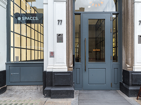London, Spaces Farringdon