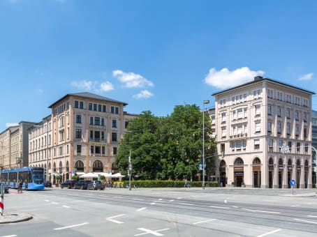 Building at Regus Maximilianstrasse GmbH & Co.KG, Maximilianstrasse 35a in Munich 1