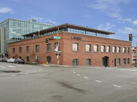 Building at 2815 Elliott Avenue, Suite 100 in Seattle 1