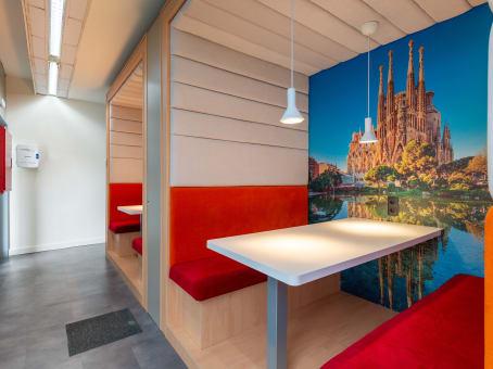 Oficina virtual en barcelona diagonal regus espa a for Oficina virtual barcelona