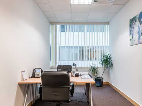 Regus Virtual Office in Warsaw Wisniowy Business Park