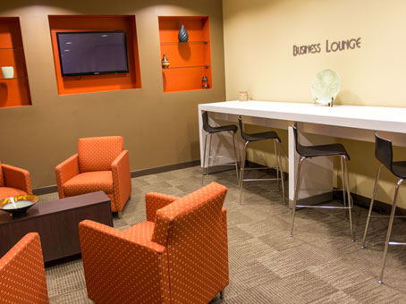 Regus Business Lounge in Dominion Plaza - view 5