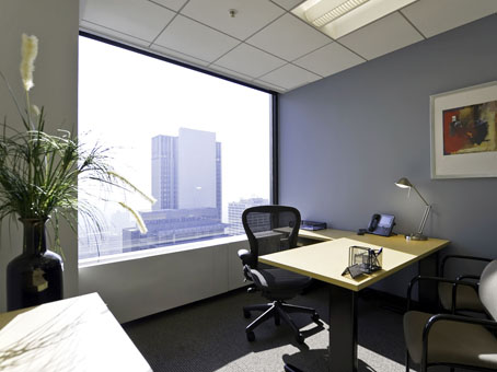 Regus Office Space in California, Los Angeles Downtown - City National Plaza